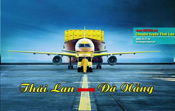 Nên sang Thái bằng máy bay để tiết kiệm thời gian và chi phí