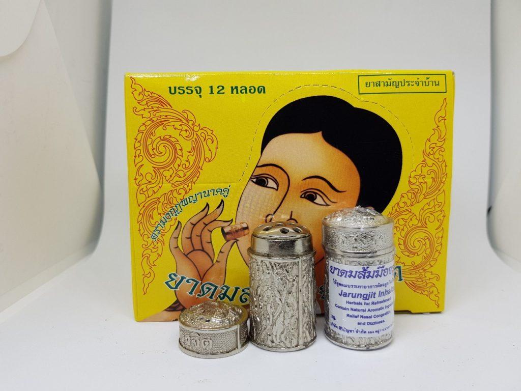 Dầu hít Thái Lan được chiết xuất từ nhiều loại thảo dược tốt cho sức khỏe