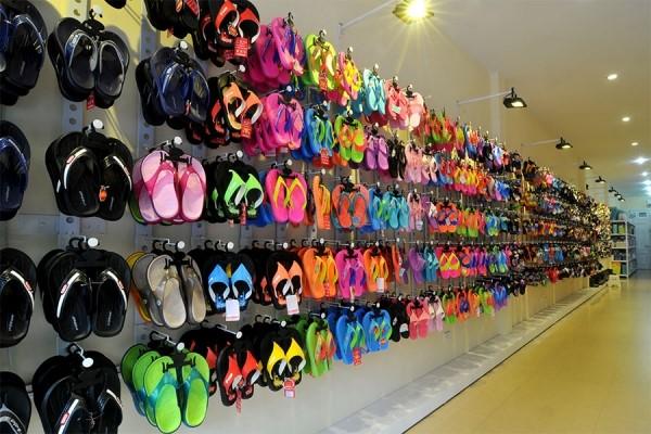 Giày dép Thái Lan là sản phẩm có chất lượng rất tốt.